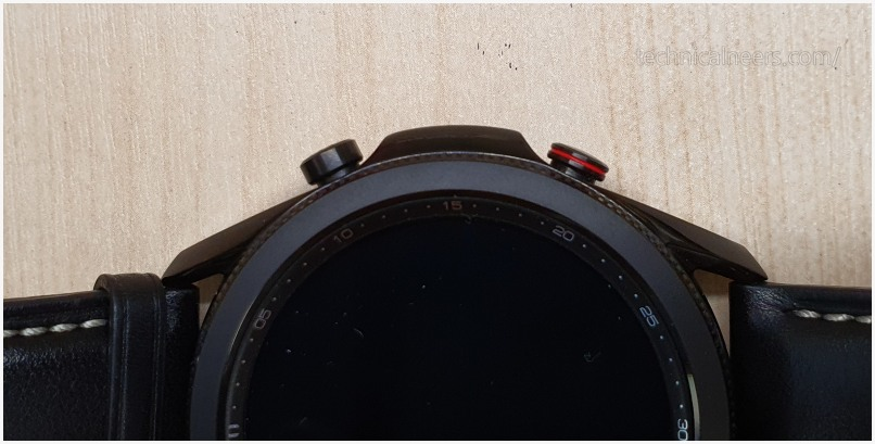 갤럭시 워치3 블랙 색상의 키 포인트